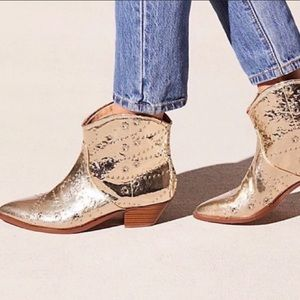 Free people Vegan Western Boots size 6